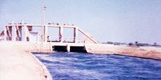 إنشاء سد لمنطقة صادق برحيم يارخان.